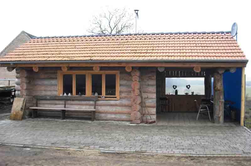 Naturstammhaus 8